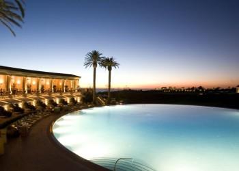 005857-02-outdoor-pool-night
