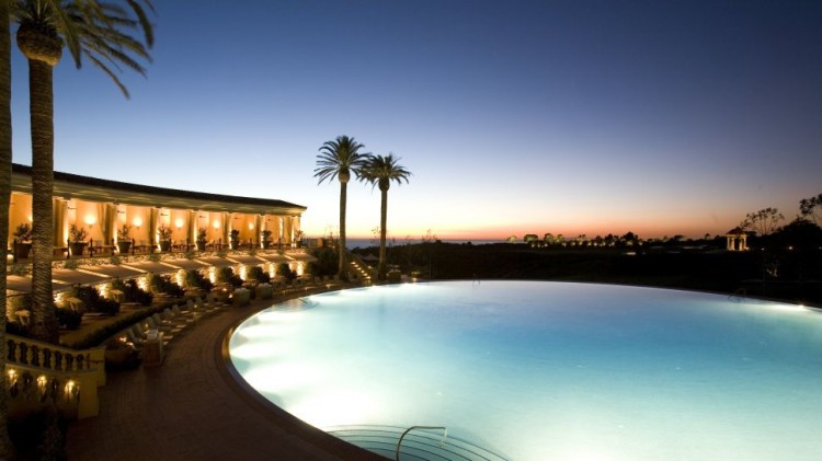 005857-02-outdoor-pool-night